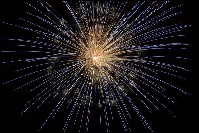 fireworks-102971_1280