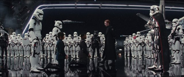 starwars-lastjedi-movie-screencaps.com-11880